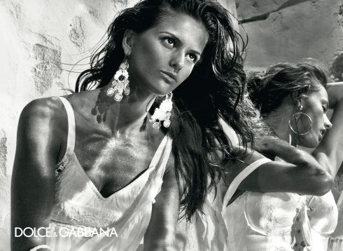EXCLUSIVE Dolce&Gabbana Spring Summer 2011 Men and Women's ad campaign.